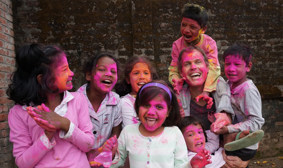 john-and-kids_holi
